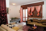 Immagine n0 - 1/2 share of apartment (sub 7) with cellar - Asta 3645