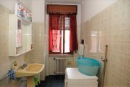 Immagine n8 - 1/2 share of apartment (sub 7) with cellar - Asta 3645