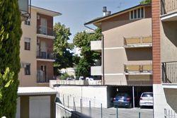 Quota 1/2 di box auto in palazzina signorile - Lotto 3647 (Asta 3647)