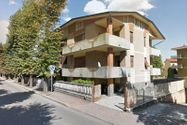 Immagine n1 - Quota 1/2 of garage in residential building - Asta 3647