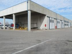 Factory with fuel depot and land - Lot 3669 (Auction 3669)