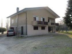 Casa unifamiliare con terreno edificabile