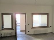 Immagine n0 - Ground floor apartment with parking space - Asta 3830