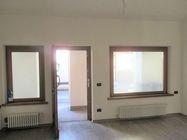 Immagine n0 - Appartamento piano terra con posto auto - Asta 3830