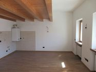 Immagine n0 - Second floor apartment with parking space - Asta 3831