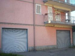 Garage of     sqm with attached court - Lote 3844 (Subasta 3844)