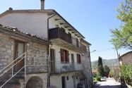 Immagine n0 - Quota of 1/4 room apartment with cellar and courtyard - Asta 3855
