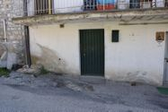 Immagine n7 - Quota of 1/4 room apartment with cellar and courtyard - Asta 3855