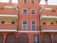 Immagine n0 - Appartamento e garage. Piano primo - Asta 386