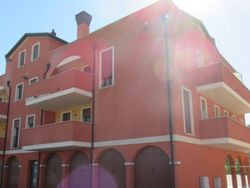 Appartamento in duplex (interno 6) e garage - Lotto 388 (Asta 388)
