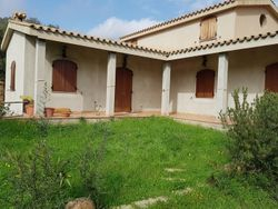Casa indipendente con terreno agricolo - Lotto 3911 (Asta 3911)