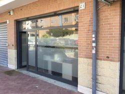 Due negozi (sub 35-36) in complesso residenziale - Lotto 3993 (Asta 3993)
