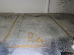 Parking space in underground garage  sub     - Lote 4085 (Subasta 4085)
