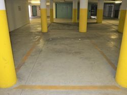 Parking space in underground garage  sub      - Lot 4105 (Auction 4105)