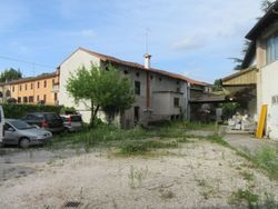 Craft complex with exclusive area - Lote 4201 (Subasta 4201)
