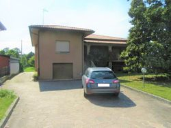 Detached house with large land - Lote 4202 (Subasta 4202)