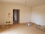 Immagine n7 - 11 appartamenti, 11 autorimesse e 2 magazzini - Asta 4234