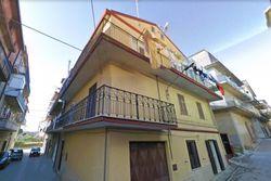 Second floor apartment - Lot 4286 (Auction 4286)