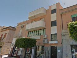 Appartamento al piano secondo in zona centrale - Lotto 4342 (Asta 4342)