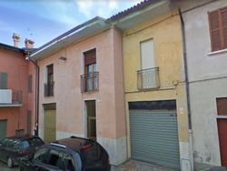 Apartment with shop - Lot 4350 (Auction 4350)