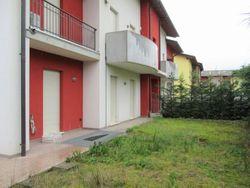 Appartamento con giandino, garage e cantina - Lotto 4364 (Asta 4364)
