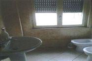 Immagine n3 - Appartamento con cantina e garage - Asta 4475
