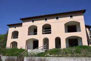 Immagine n1 - Edificio sin terminar con siete apartamentos y estacionamientos - Asta 4498