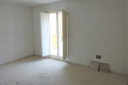 Immagine n13 - Appartamento con sottotetto e posto auto - Asta 4501