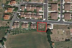 Residential building land of     square meters - Lot 4510 (Auction 4510)