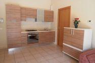 Immagine n0 - Bilocale piano primo (sub 9) box e cantina - Asta 4610