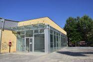 Immagine n0 - Negozio con magazzino in complesso commerciale - Asta 4624