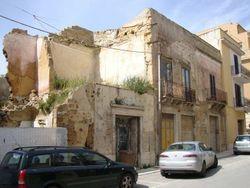 Complesso residenziale e produttivo in centro storico - Lotto 4678 (Asta 4678)
