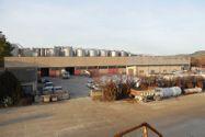 Immagine n1 - Ampio capannone con area pavimentata - Asta 4743