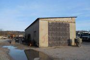 Immagine n5 - Ampio capannone con area pavimentata - Asta 4743