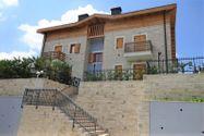 Immagine n1 - Appartamento duplex (sub 14) con garage - Asta 4824