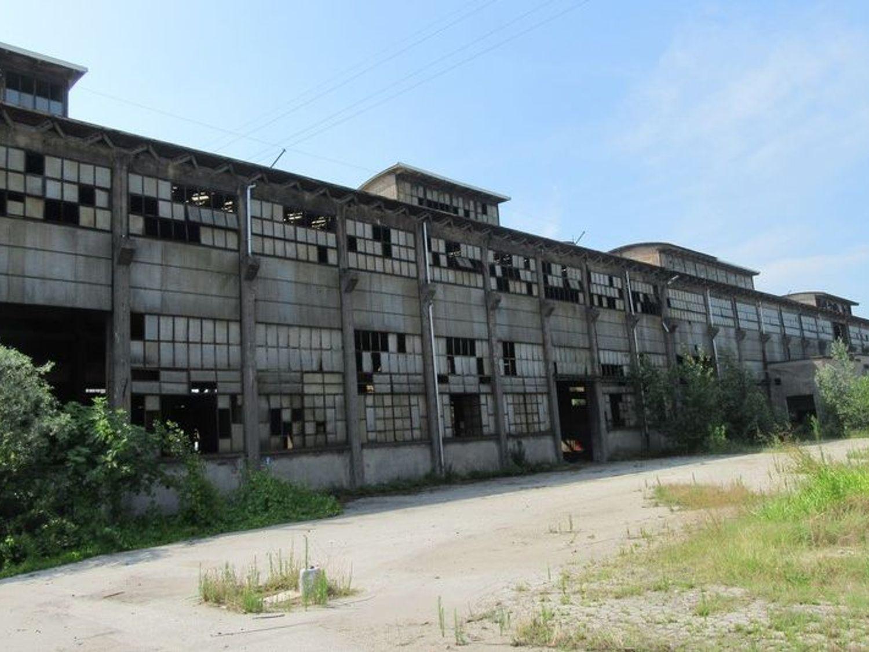 #4940 Ex complesso produttivo e abitazioni