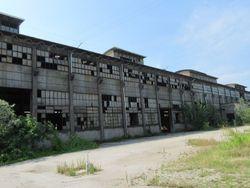 Ex complesso produttivo e abitazioni