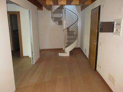 Appartamento in centro storico (sub 40) - Lotto 4983 (Asta 4983)