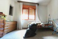 Immagine n7 - Quota 1/4 di appartamento semi arredato con cantina - Asta 4986