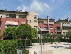Appartamento con garage e posto auto (sub.300)