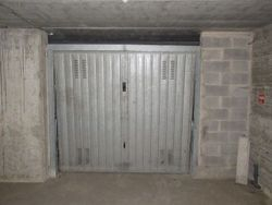Car garage in the basement - Lot 5040 (Auction 5040)