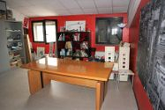 Immagine n6 - Capannone commerciale con officina e showroom - Asta 5048