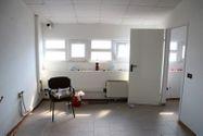 Immagine n8 - Capannone commerciale con officina e showroom - Asta 5048