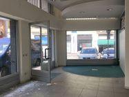Immagine n1 - Cinque locali commerciali frazionabili con cantine - Asta 5050
