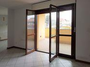 Immagine n0 - Appartamento piano primo (sub 9) con garage e cantina - Asta 5057