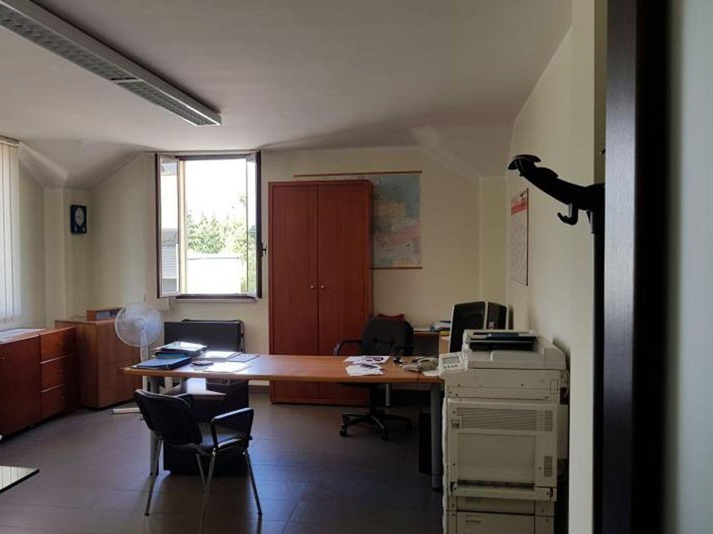 Immagine n. 10 - #5086 Capannone industriale con area uffici (Part. 102)