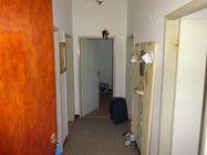 Immagine n1 - Appartamento al piano primo con cantina - Asta 5097