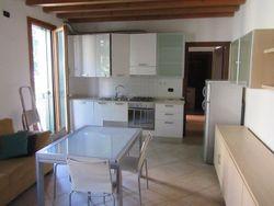 Appartamento al piano primo con cantina e posto auto (sub.112) - Lotto 5108 (Asta 5108)