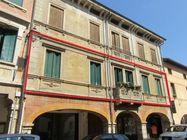 Immagine n0 - Appartamento al piano primo con cantina e garage (sub.12) - Asta 5118