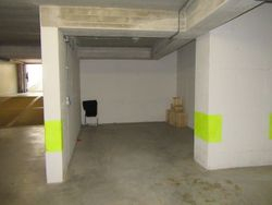 Garage in the basement of    square meters  sub.    - Lot 5129 (Auction 5129)
